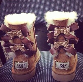 Ugg Boots Bows On Back