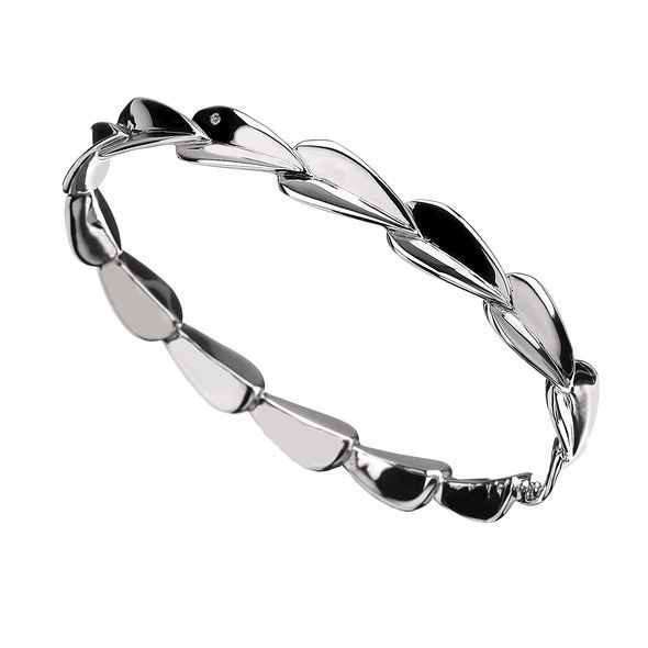 Echo Teardrop Bangle
