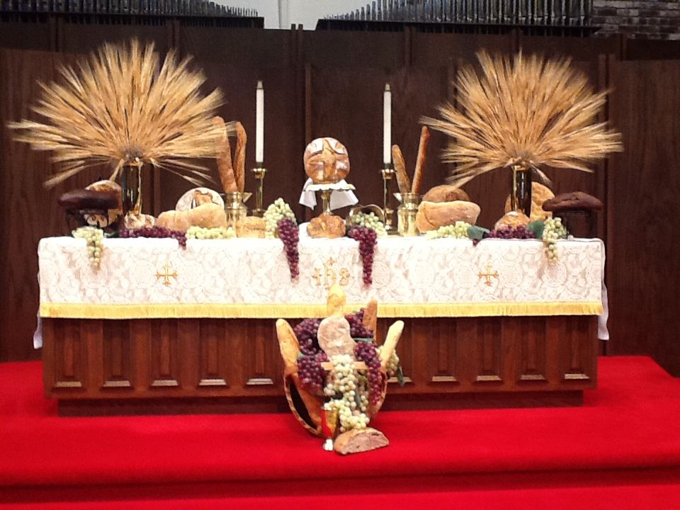 World communion sunday my style pinterest communion for Altar decoration for first holy communion