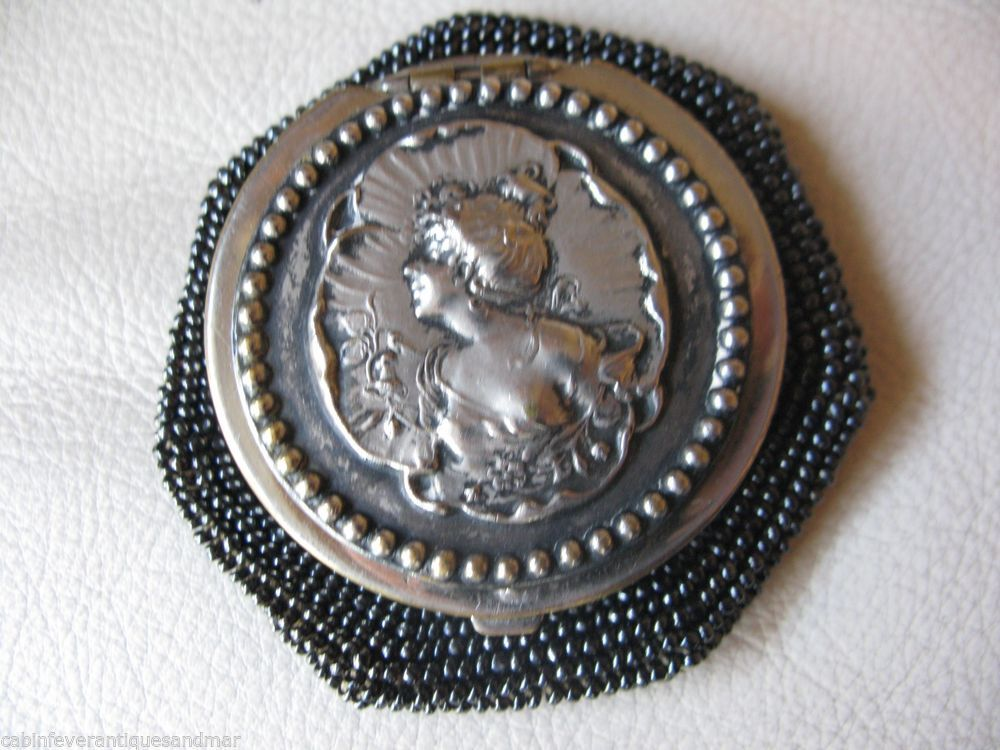 Antique Silver T Art Nouveau Woman Tam O Shanter Beaded Crochet Coin Purse 1903