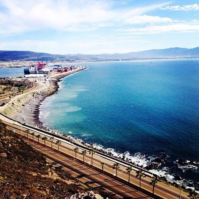 Si han visto este hermoso paisaje, solo quiere decir una cosa: Van en la dirección correcta amigos! Bienvenidos a #Ensenada Mi Alma Gemela! Aventura por whereis