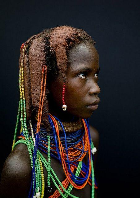 Mumuhuila girl - Angola