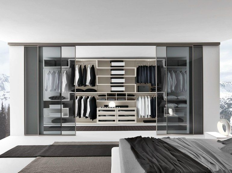 contemporary style walk in wardrobe varius by presotto