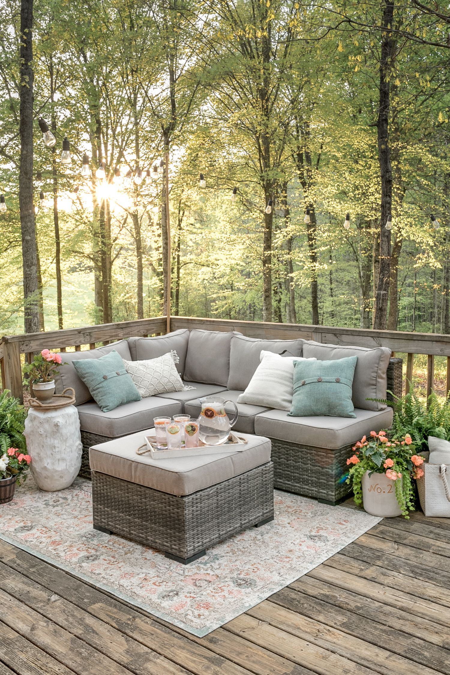 Outdoor Decorating Ideas Tips On How To Decorate Outdoors Outdoor Patio Space Patio Design Outdoor Deck Decorating