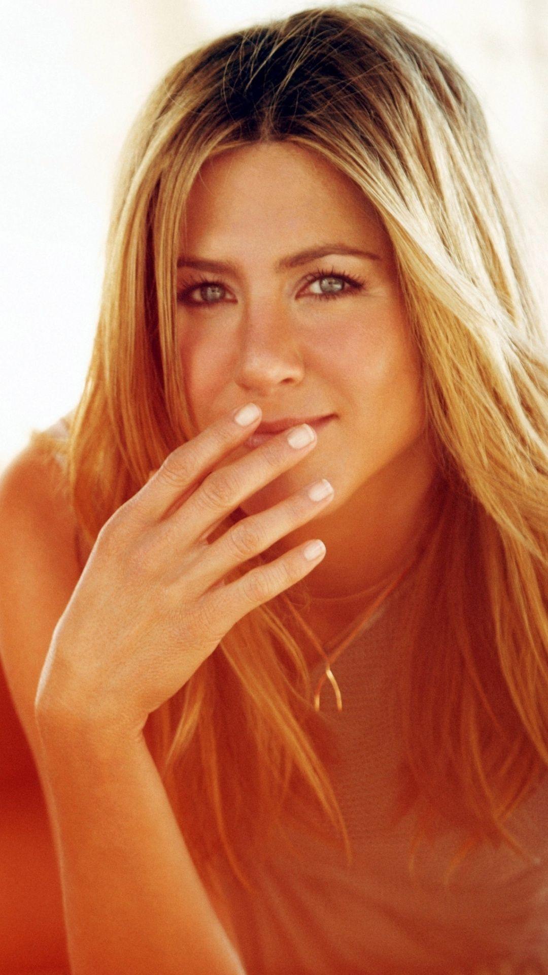 Actress Celebrity Smile Jennifer Aniston 1080x1920 Wallpaper