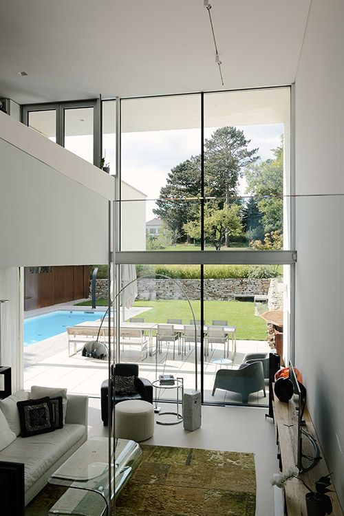 stylish villa overlooking vienna dc towers by architekt zoran rh za pinterest com