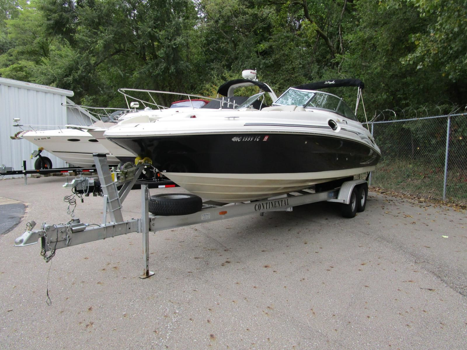 Used 2006 Sea Ray 270 Sundeck, Michigan City, In - 46361