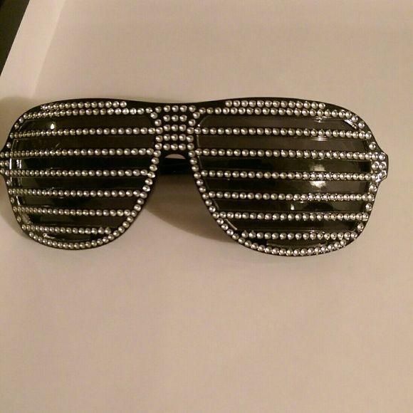 Rhinestone sunglasses Blinged out sunglasses Accessories Sunglasses