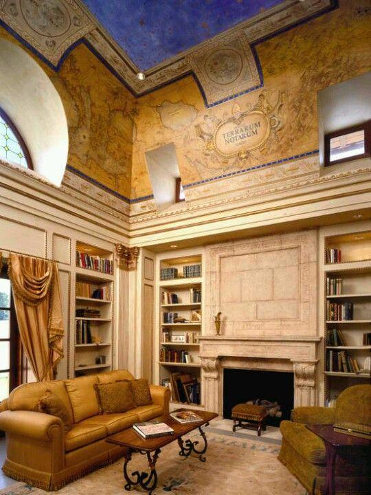 Olkd Study Room: Mediterranean Home, Home Office Design