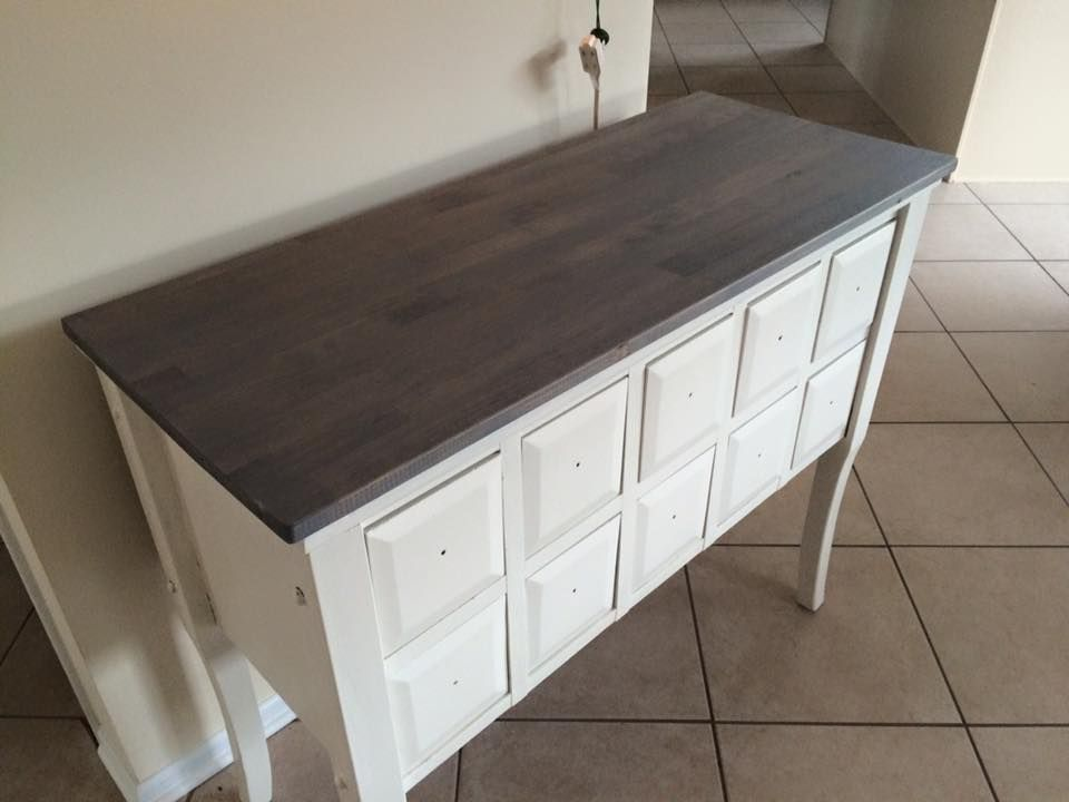 It's Weathered Grey Stain by Varathane @ Home Depot