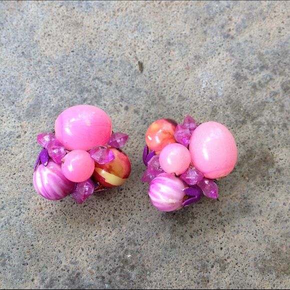 1950's Pink Bubble Cluster Clip On Earrings A pair of pink ball or bubble cluster beaded clip on earrings made in Hong Kong. Great shape with slight color lose on one bead as pictured, but blends and is not that noticeable. No trades. Vintage Jewelry Earrings