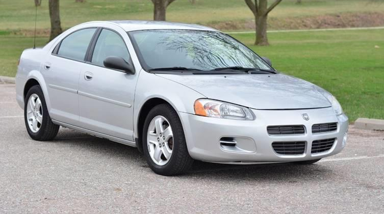 2002 dodge stratus owners manual smooth as a coupe but spacious rh pinterest com 2006 Dodge Stratus Coupe 2005 Dodge Stratus 4 Door