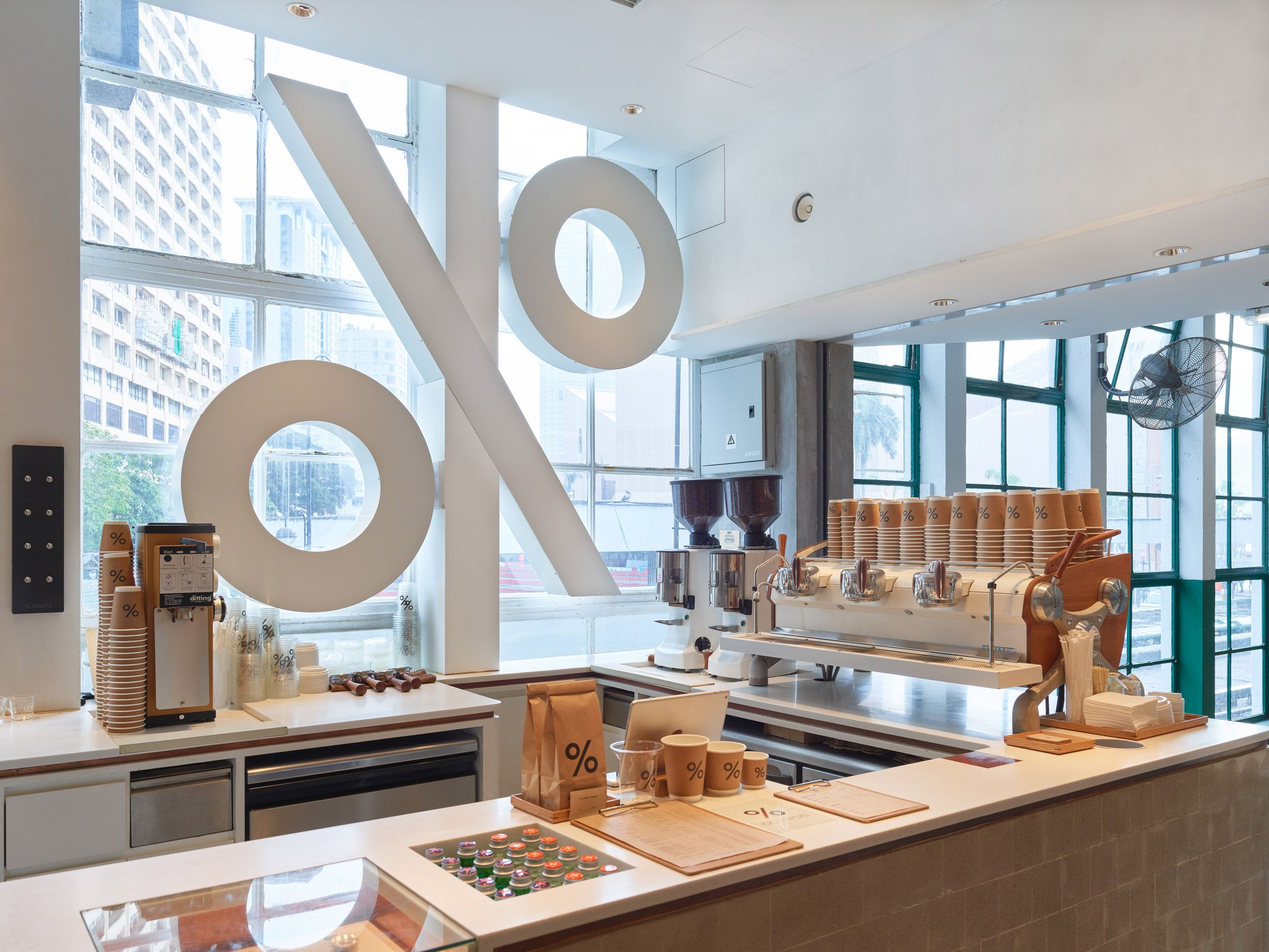 Puddle Completes Concrete Coffee Shop At Hong Kong S Star Ferry Terminal Coffee Shops Interior Cafe Interior Interior