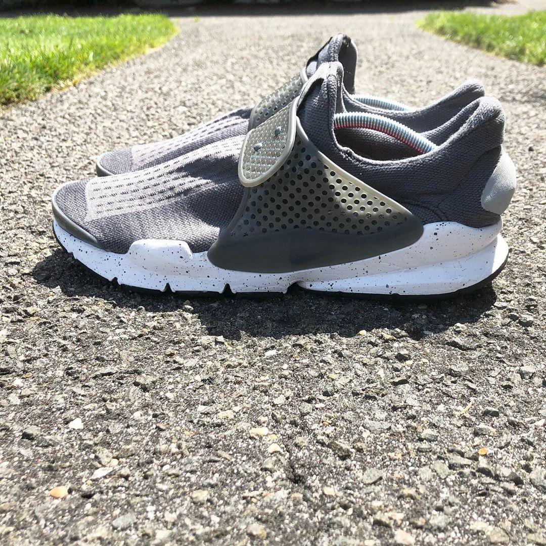Nike Sock Darts Size 11 for sale #Nike #sockdarts #grey #comfort #active #fitness #fit #gym #fashion...