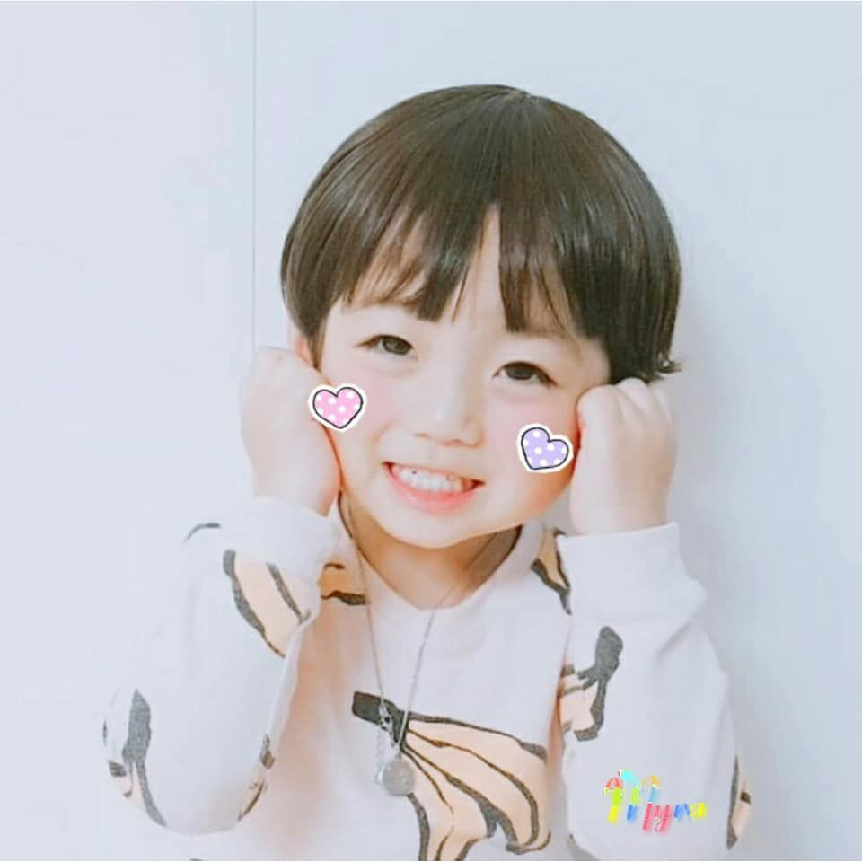 The Baby Who Looks Just As Our Kookie Bebes Coreanos Criancas Asiaticas Criancas Ulzzang