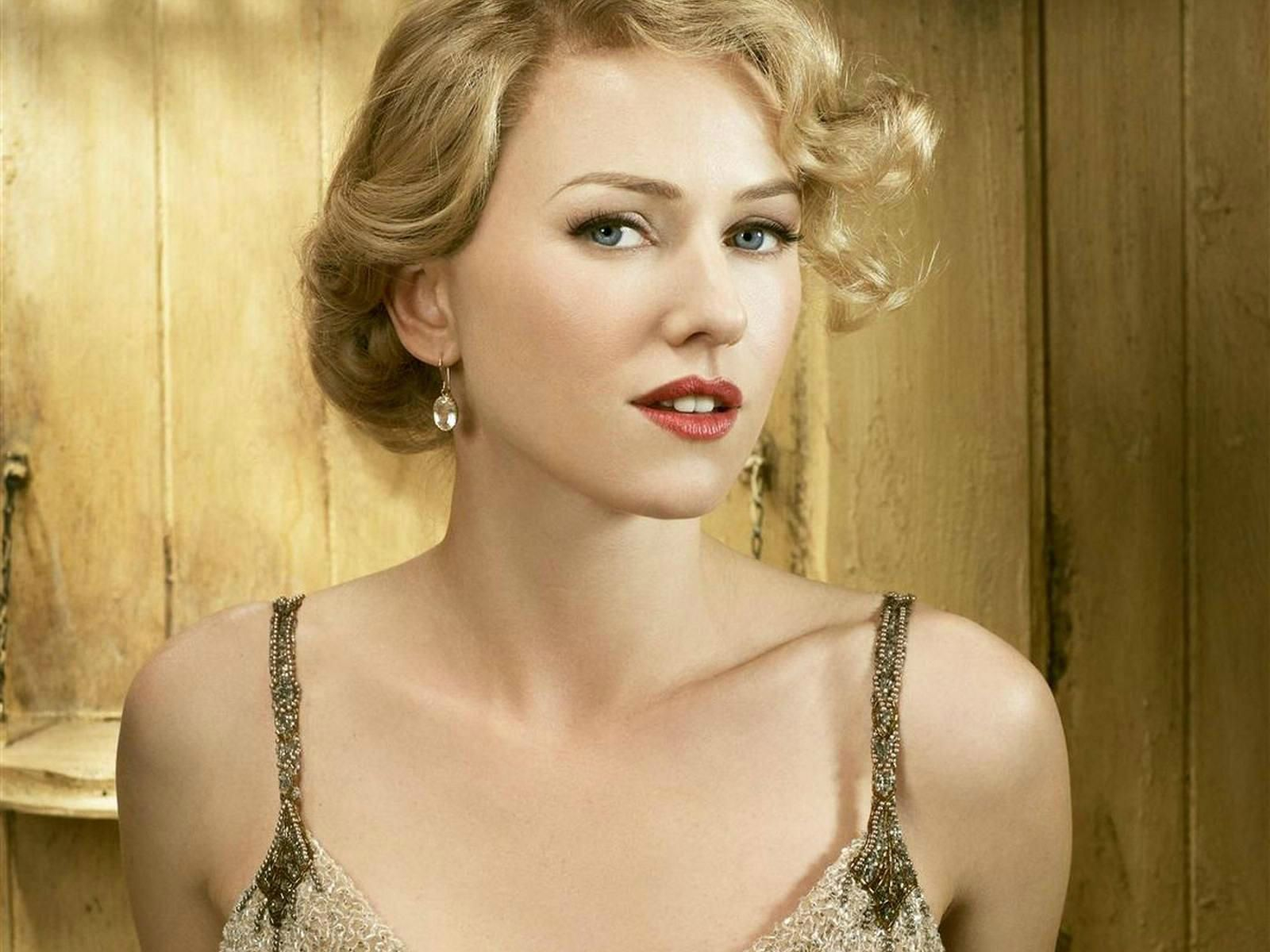 naomi watts site