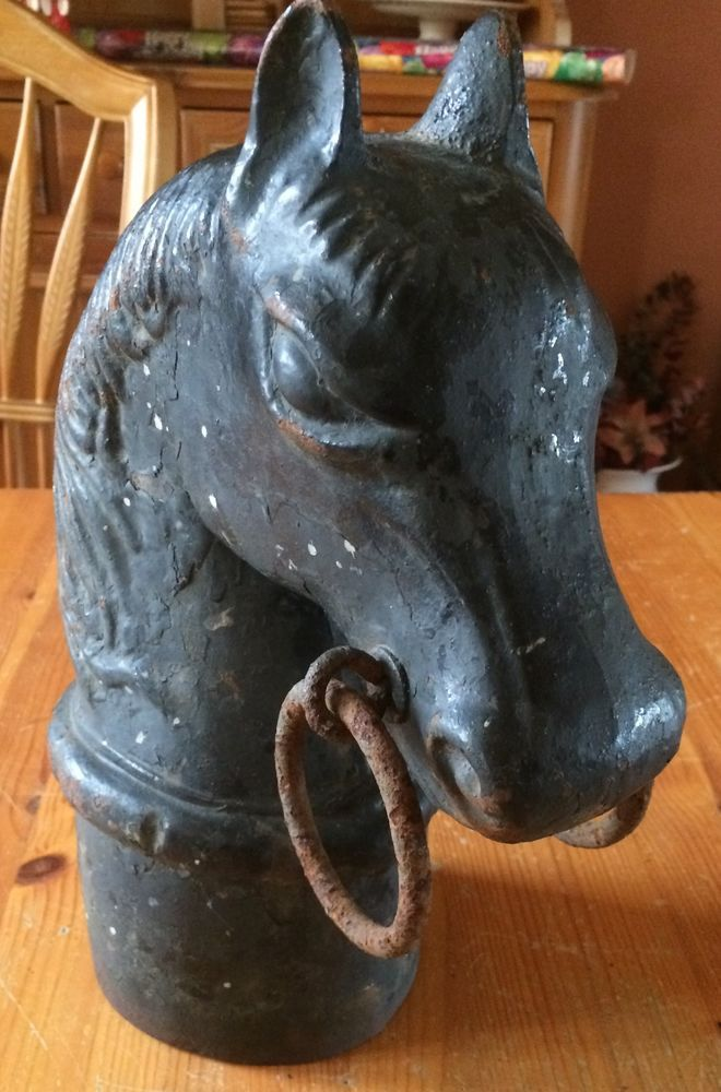 Cast Iron w Ring HORSE HEAD HITCHING POST