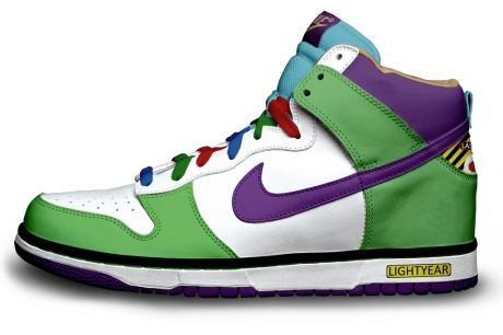 new concept 2bdee e4c67 Custom Made Nike Batman   Robin Shoes Along with Several More Geek Designs!  - News - GeekTyrant
