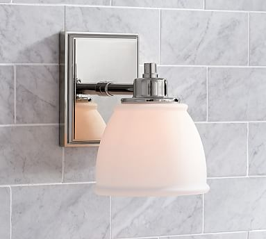 Hayden Single Traditional Sconce In 2020 Pottery Barn Bathroom Sconces Bathroom Sconces