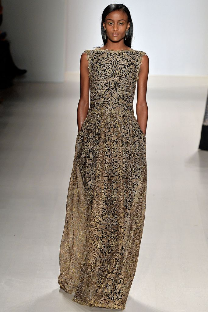 Tadashi Shoji Fall 2015 Ready-to-Wear - Collection - Gallery - Style.com