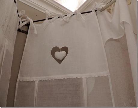 Tende cucina stile shabby cerca con google tende tendaggi curtains pinterest searching - Tende cucina shabby ...