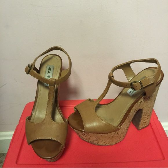 Steve Madden Gloria These have definitely been worn photos show wear and  tear. Obviously the price reflects that. Still a great shoe for summer  nights out ...