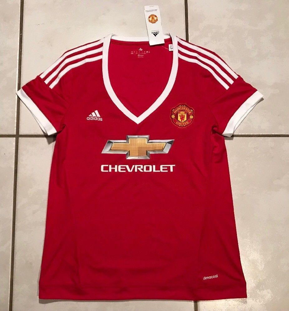 ae8f5b37d NWT ADIDAS Manchester United 2015 Jersey Women s Large