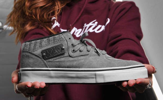 "Primitive Shoes X Vans Half Cab ""Cable Knit"""