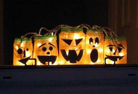 Halloween Decorations with Pumpkin Carving Jack-O\u0027-Lanterns