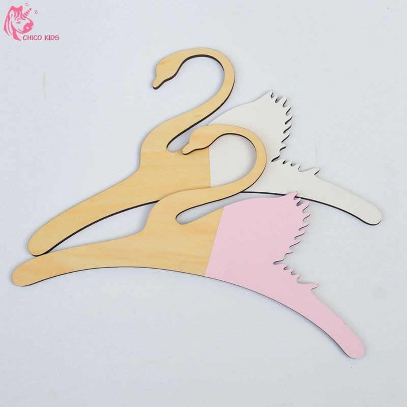 INS Wooden Wall Swan Hangers Racks Of Children\'s Clothing In ...