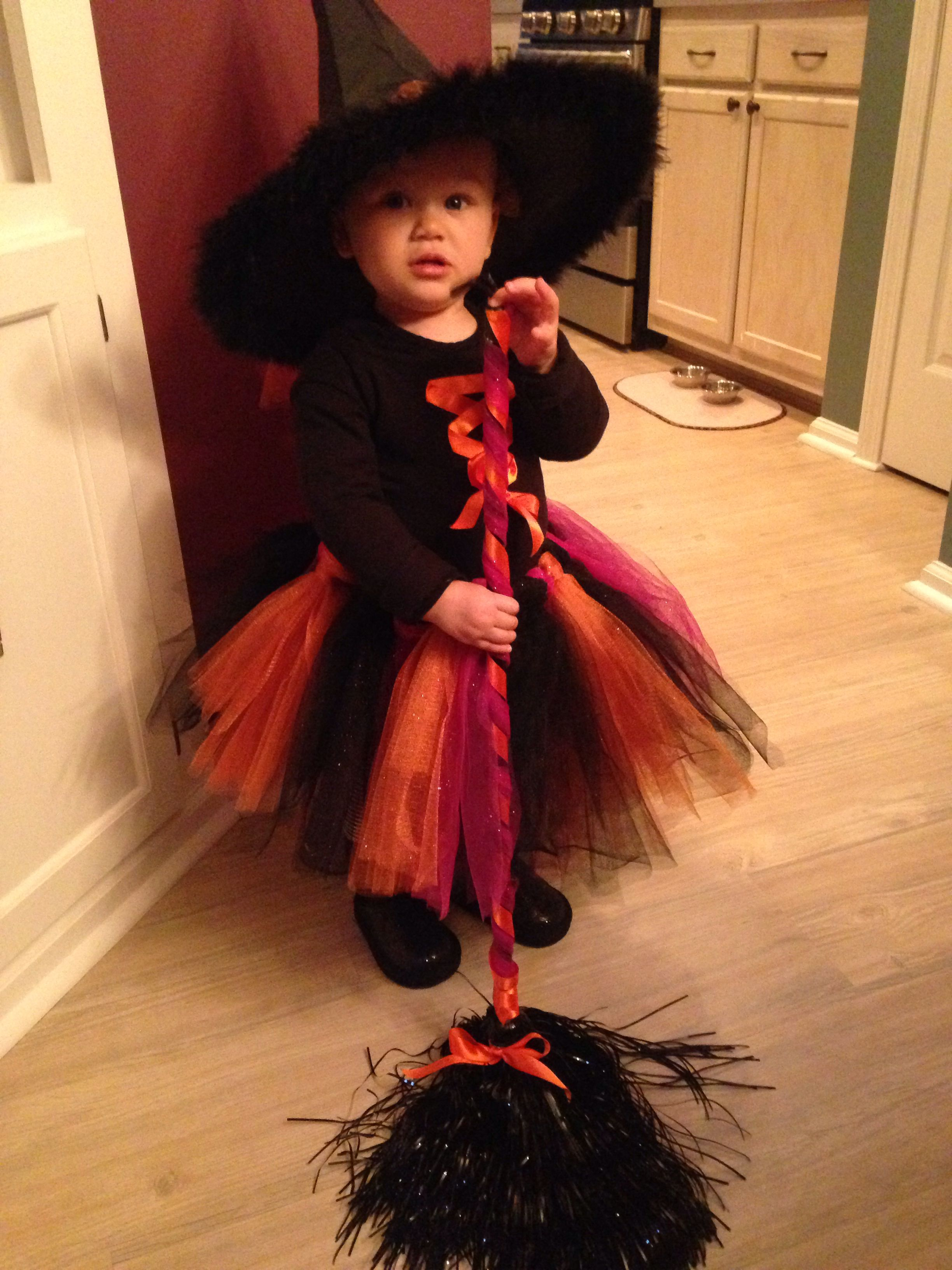 toddler witch halloween costume made for my niece | diy i've done in