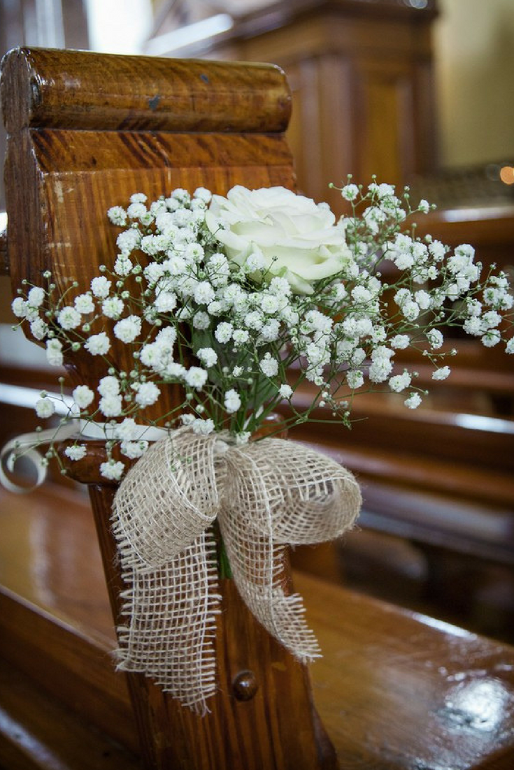 5 easy DIY ideas to decorate your wedding pews Church