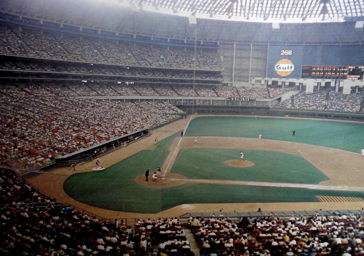 Astrodome Scoreboard With Roof Being Blown Off After Homer Middle Astrolite Animatio Houston Astros Baseball Houston History Major League Baseball Stadiums
