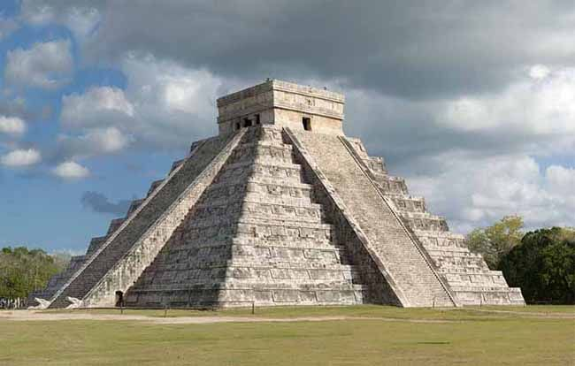 Pyramid, the Mega Electric Power Plant