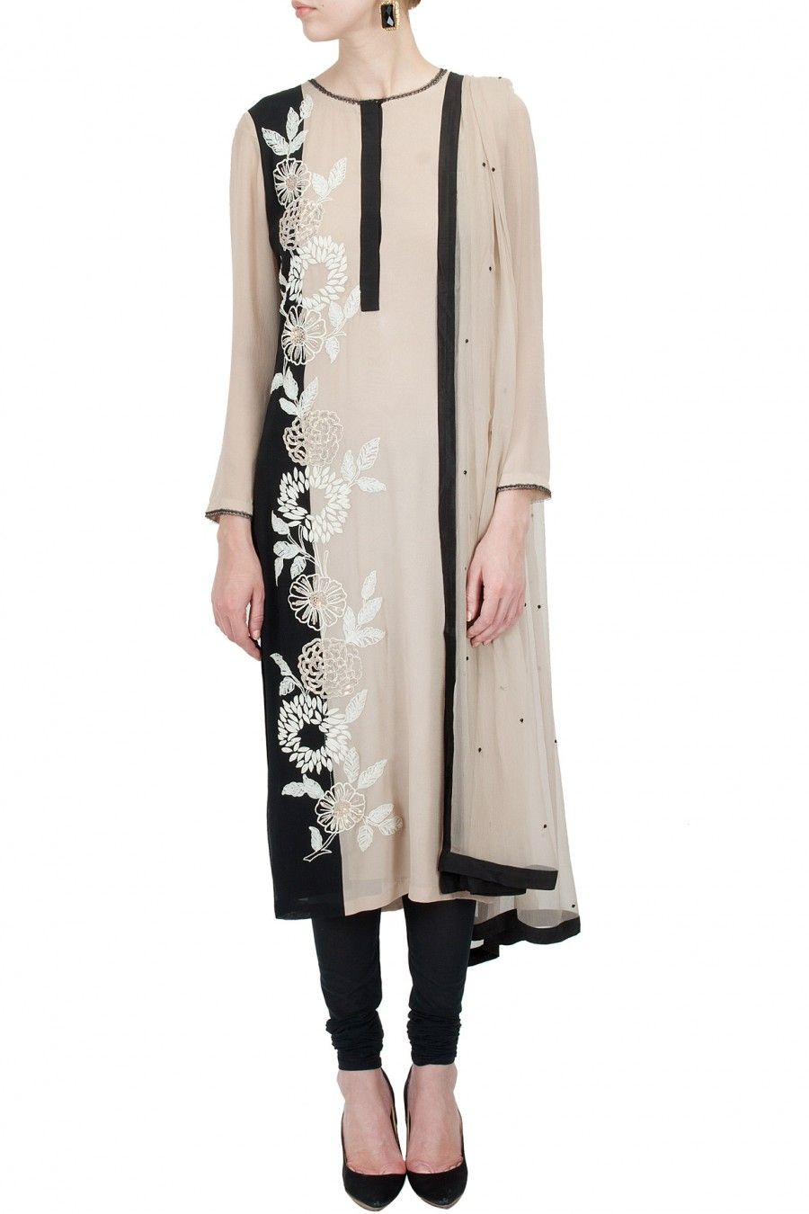 Sand and black embroidered garden side kurta set BY NAMRATA ...