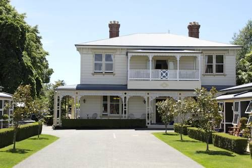 Merivale Manor Motel Christchurch Originally built in the 1880s, Merivale Manor Motel offers elegant and luxurious accommodation with free WiFi access. Christchurch city centre is only a 5-minute drive away.