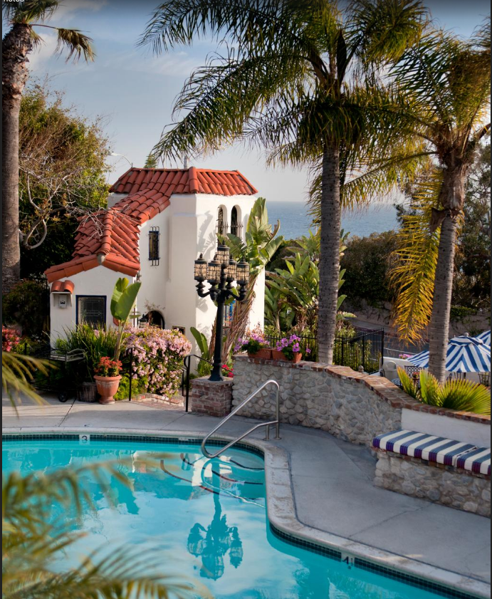 7 Amazing Places To Stay Overnight In Southern California