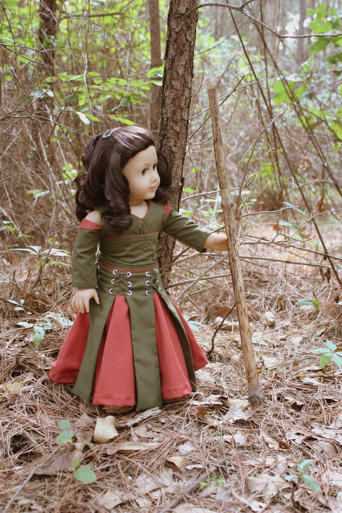 Maid Marian #dollcostume