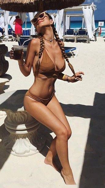 Very nude lesbian girl