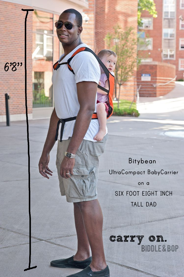 fe7a8000839 Bitybean Ultracompact Baby Carrier on a tall dad... Will it fit  See what  this 6 8   Dad wears  — Biddle and Bop