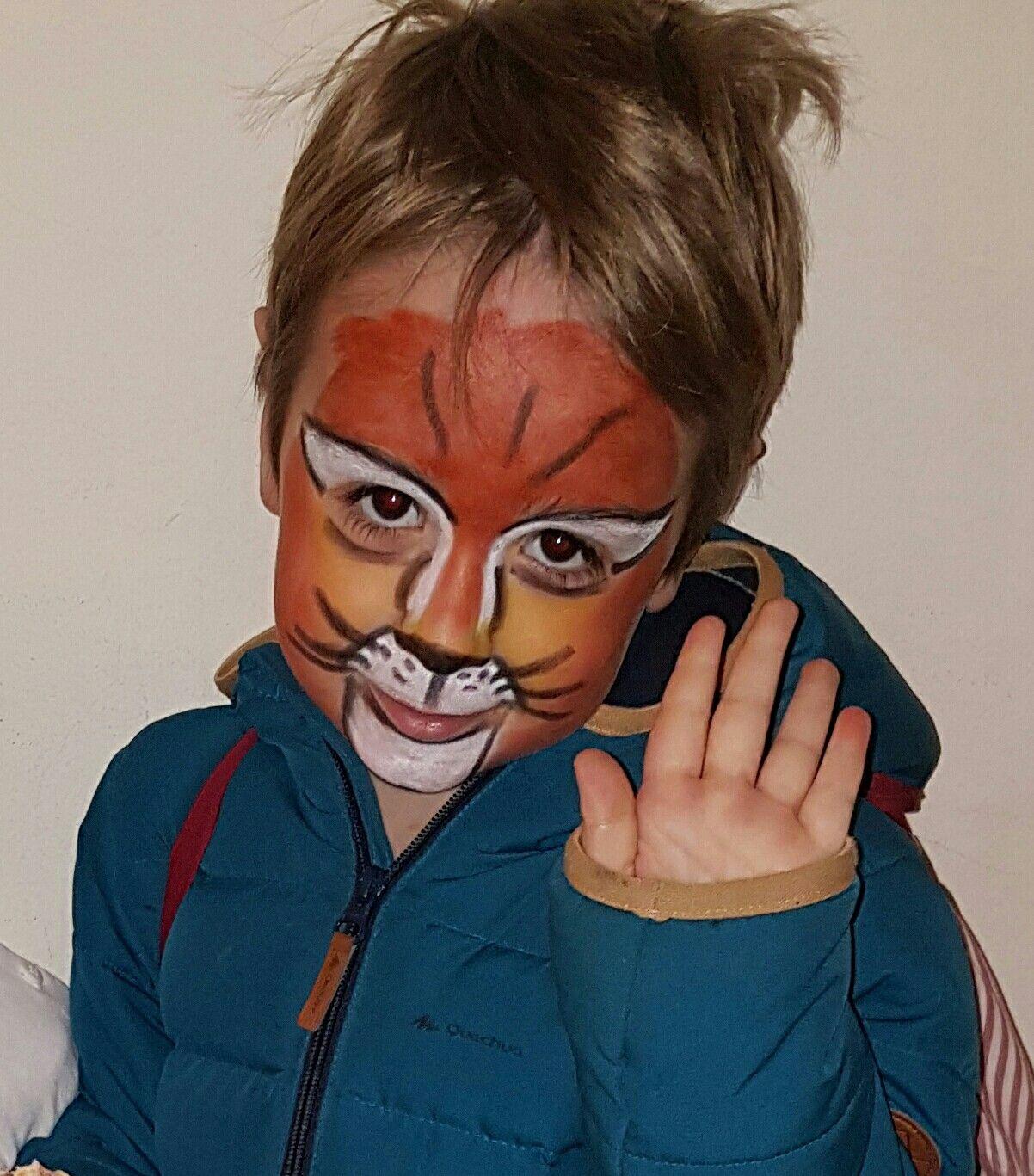 Lyon face painting