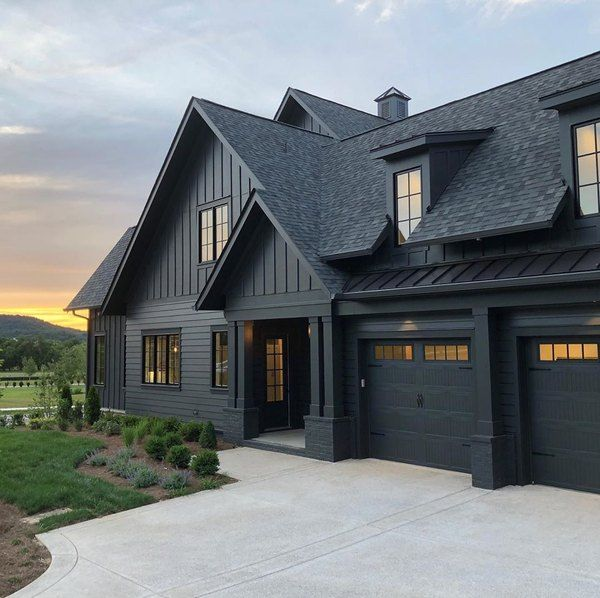7 Black Craftsman House Exteriors That Will Convince You To Try A Darker Hue Hunker In 2020 Black House Exterior House Exterior House Designs Exterior