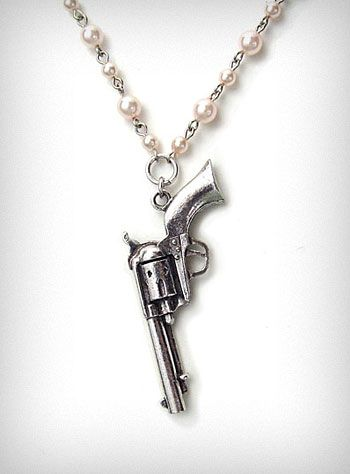 Pearl Revolver Necklace. The item is no longer on the site, but I'm gonna have to find this somewhere else!