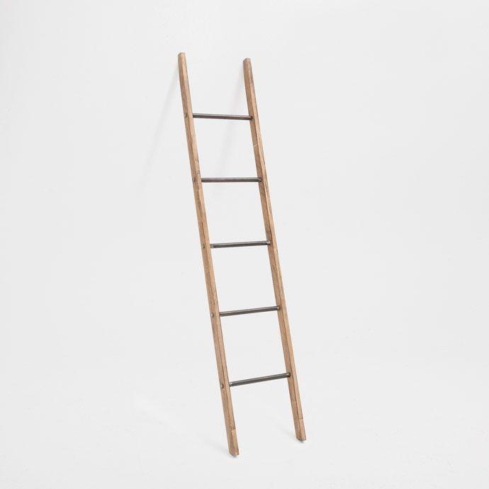 Toallero escalera muebles auxiliares zara home espa a for Escaleras zara home
