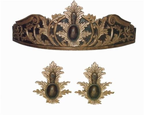 Flambeau Bed Crown. h1Flambeau Bed Crown_h1Your bedroom is your most personal space. This is where you can let your personal d�cor style shine through. The Flambeau Bed Crown lets you get a little ornate and lavish without feeling guilty.. See More Bedcrowns at http://www.ourgreatshop.com/Bedcrowns-C1075.aspx