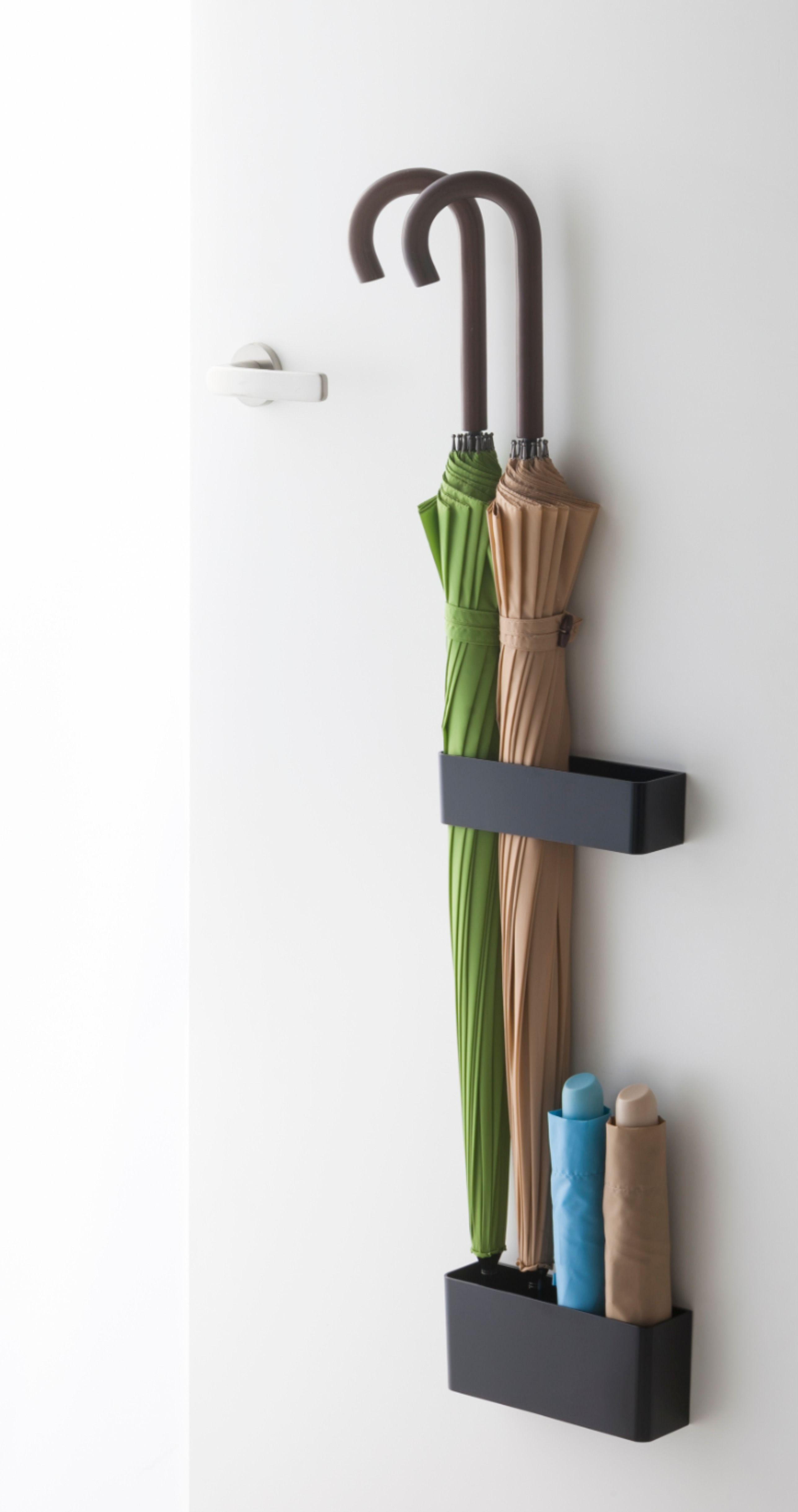 磁石で玄関ドアに取り付けるタイプの傘立て 傘立てスペースの確保が
