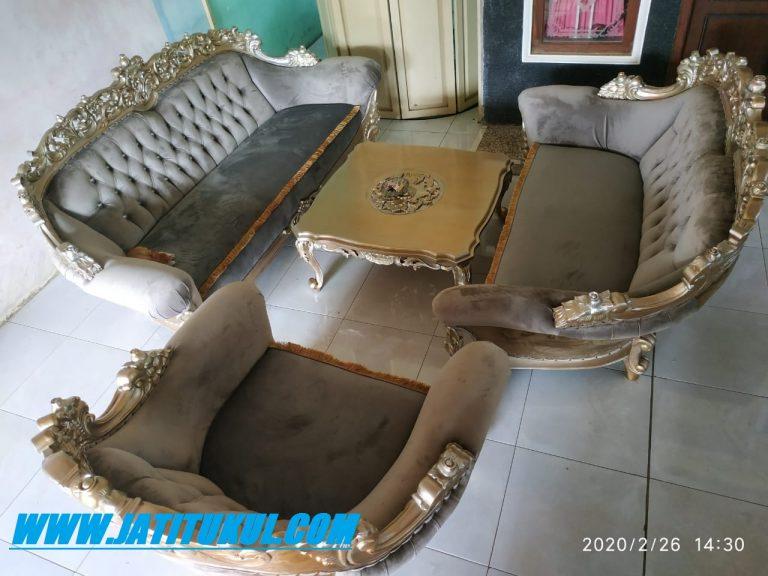 Kursi Sofa Yang Bagus - SOFAKUTA