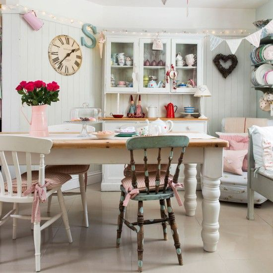 Check out this welcoming country cottage in Cornwall | Gorgeous Home ...