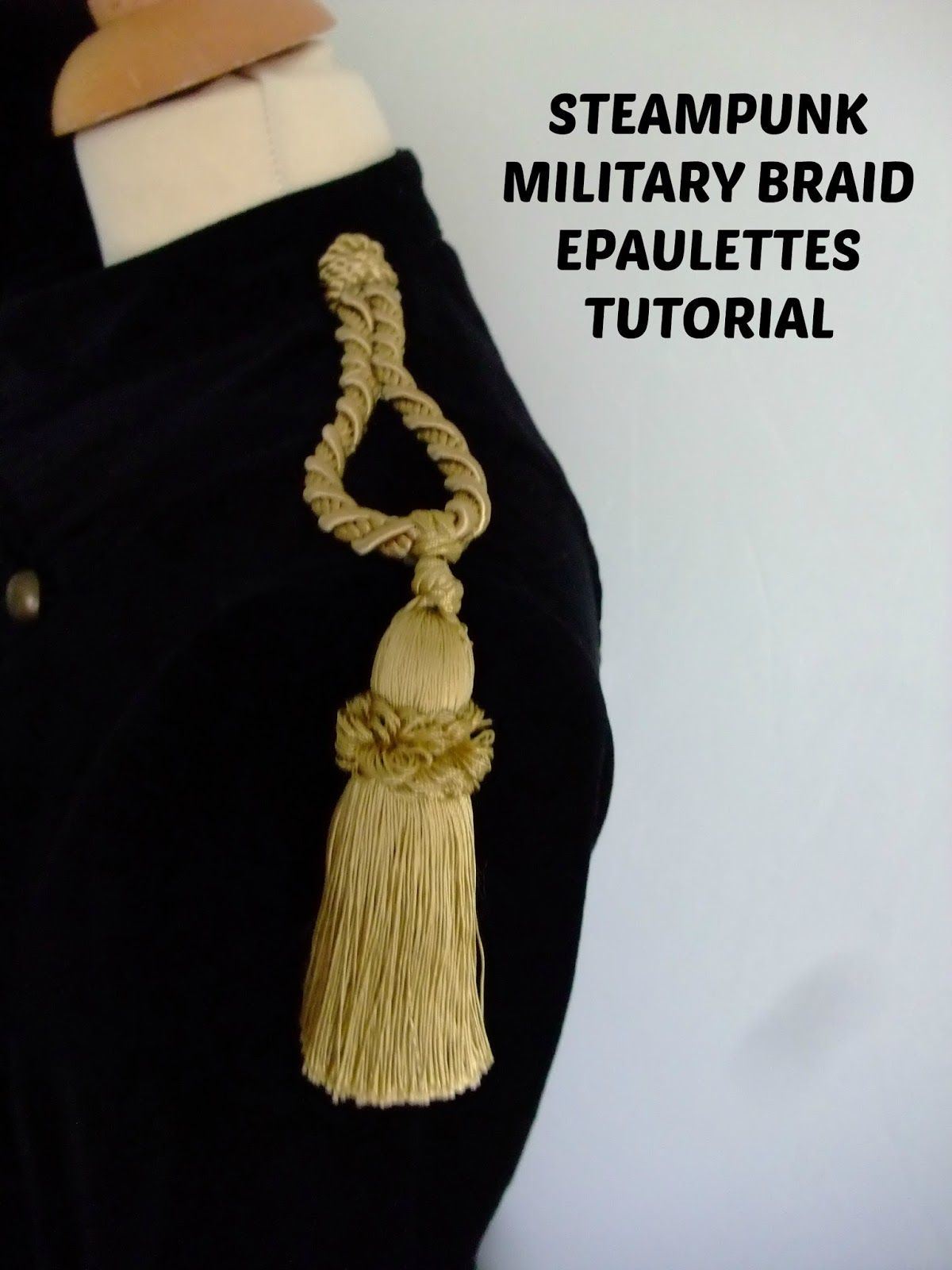 5 1//2 Long Pair of Braided Gold Cord Epaulettes