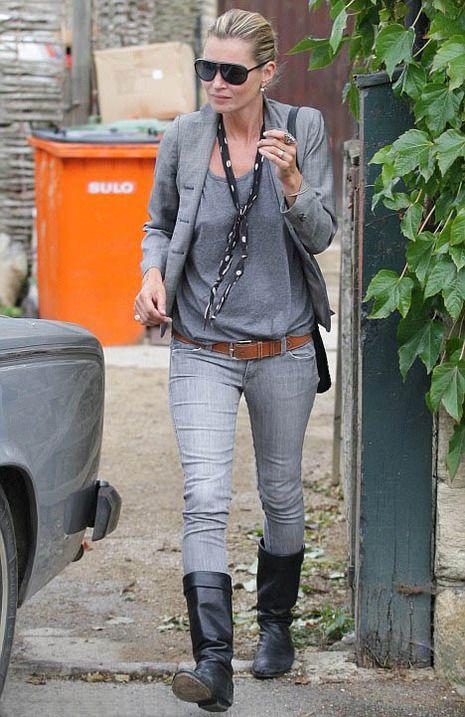 Kate Moss in Siwy Grey Denim Skinny Jeans